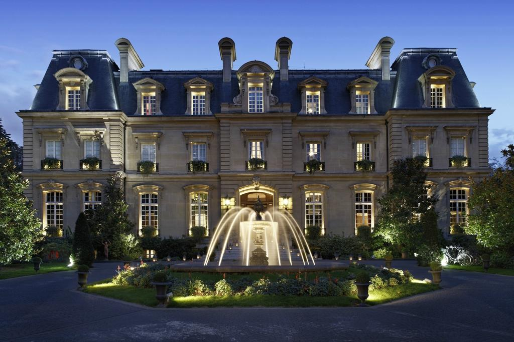 saint james paris relais